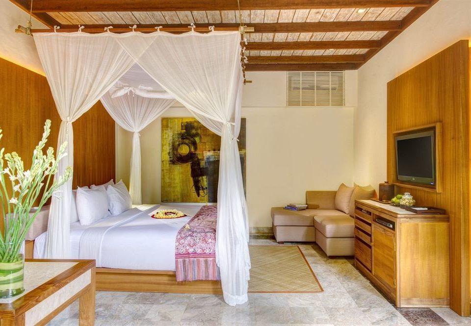 property Suite cottage Villa Bedroom home Resort living room