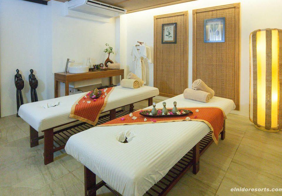 property Suite Villa cottage Resort condominium Bedroom