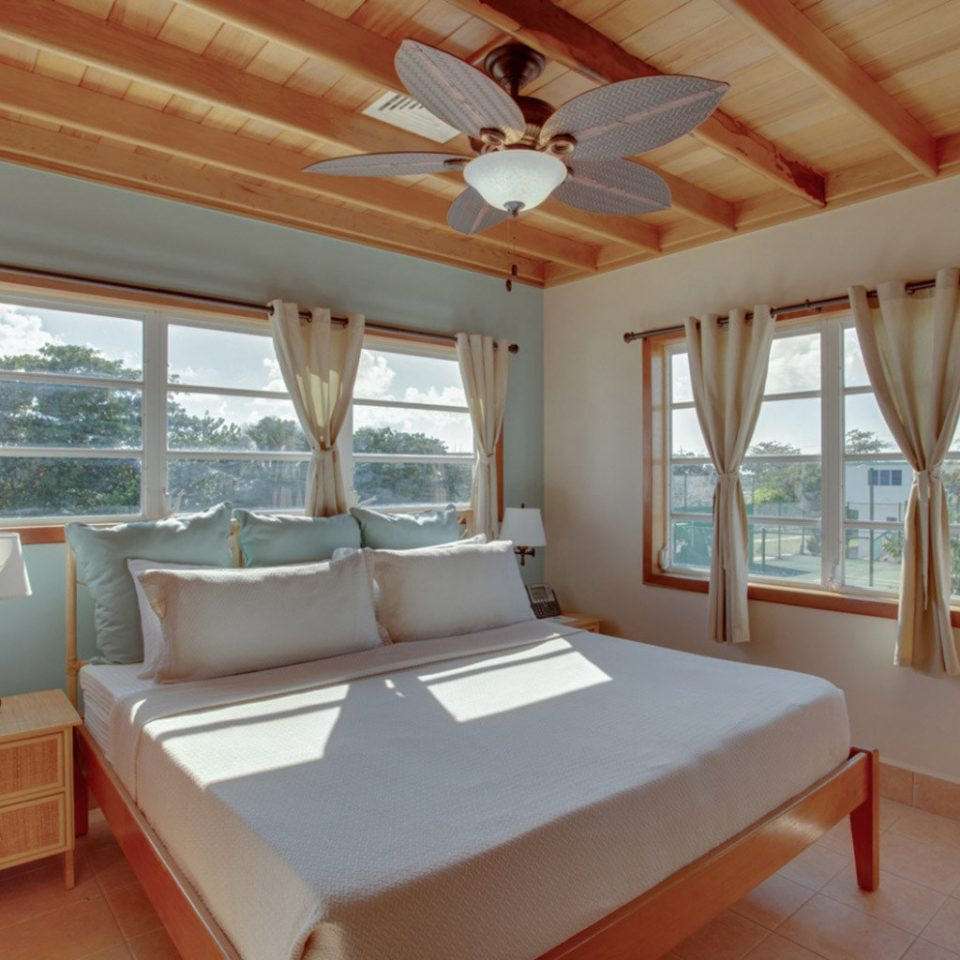 property Bedroom cottage Resort Villa home Suite