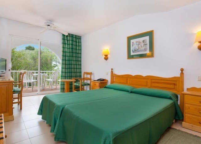 green property Bedroom Suite Villa cottage bed sheet Resort