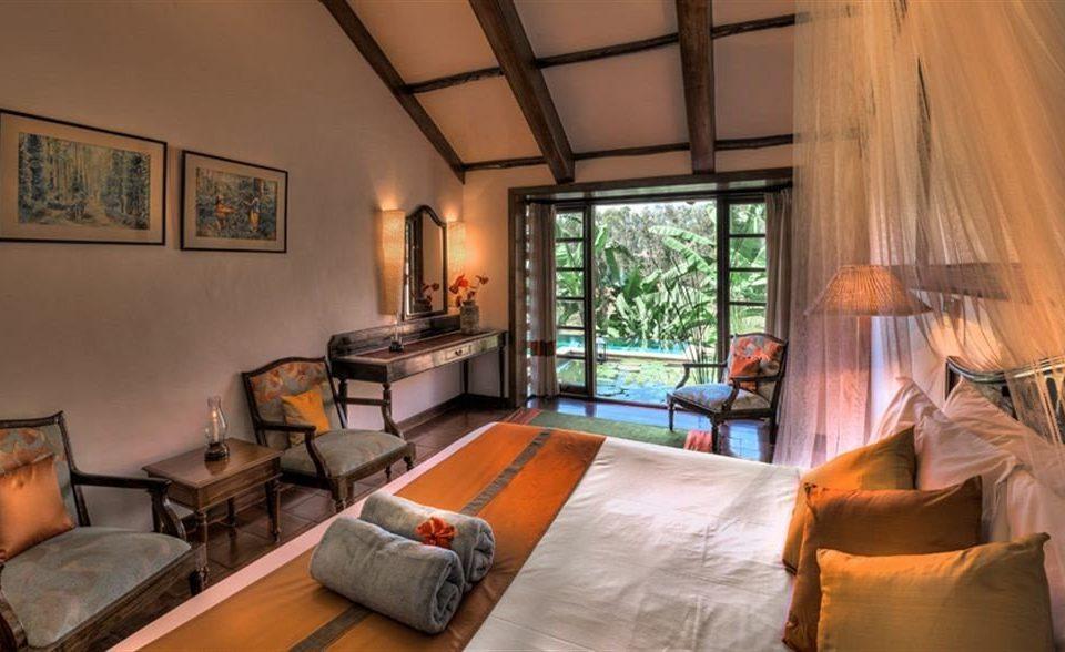 property building Bedroom cottage Villa living room home Suite Resort farmhouse mansion