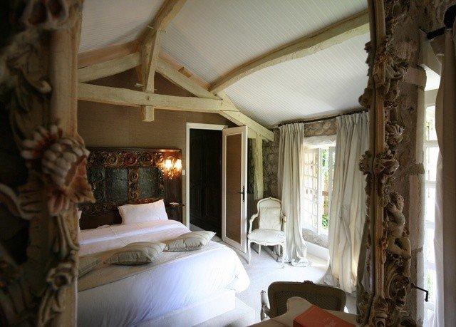 property building Bedroom cottage mansion Villa home living room farmhouse Suite Resort