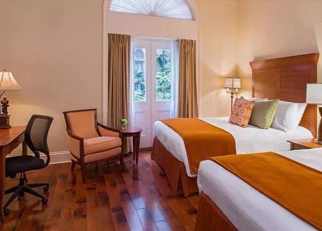 property chair Suite Resort cottage Villa Bedroom