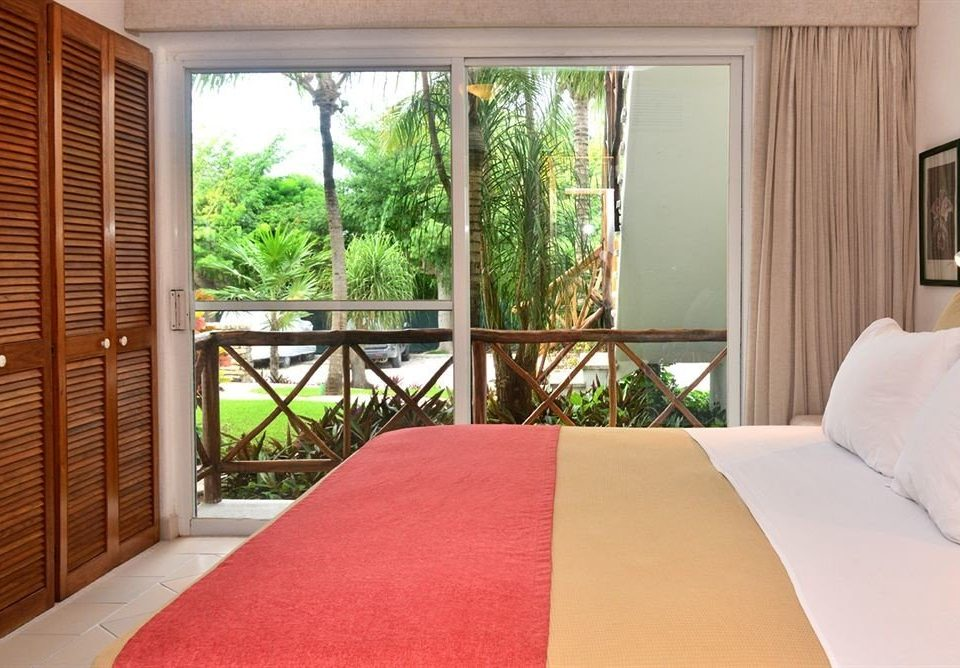 property Bedroom Suite cottage bed sheet Resort Villa condominium