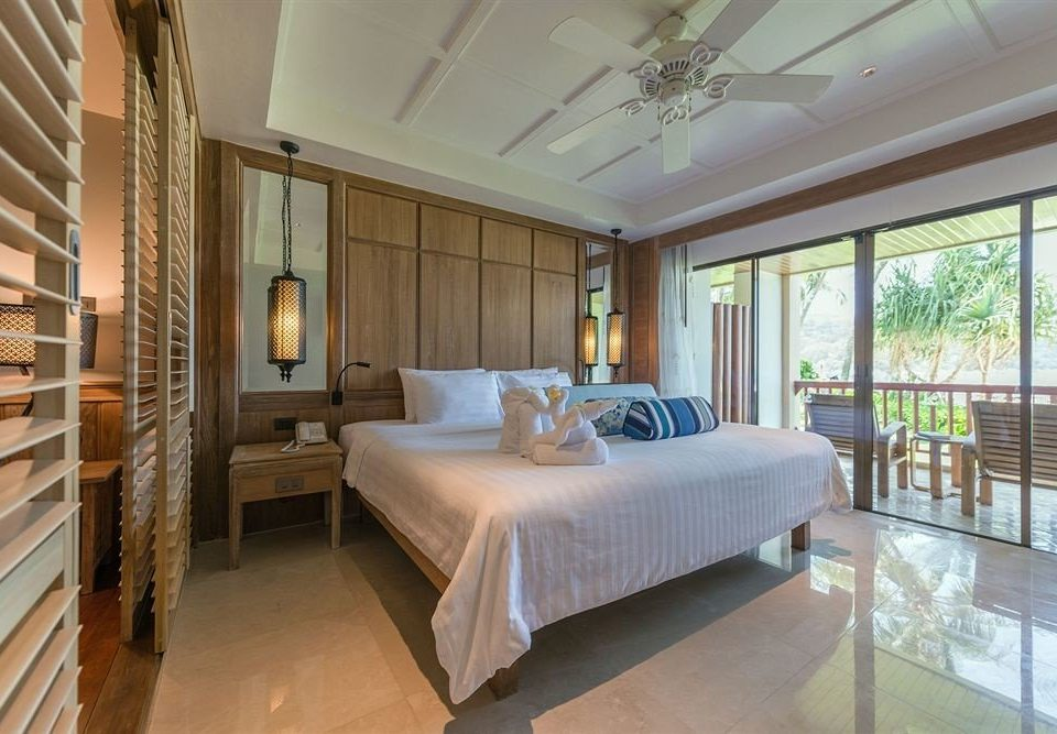 property Bedroom condominium Suite mansion Resort living room Villa