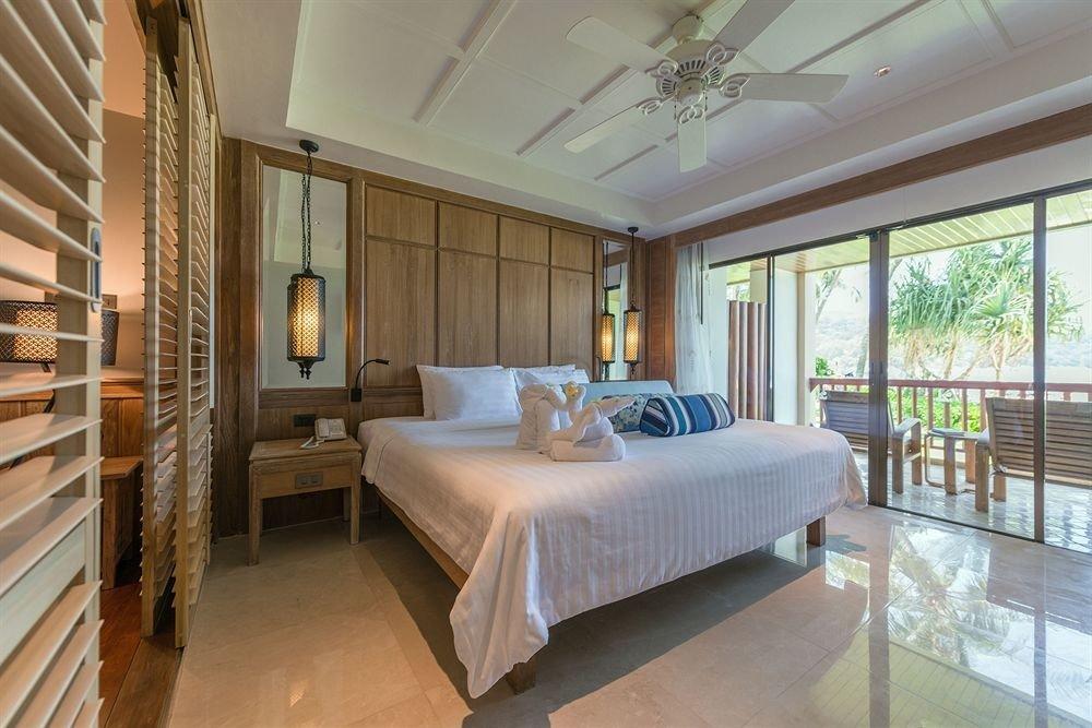property Bedroom condominium Suite mansion Resort living room Villa