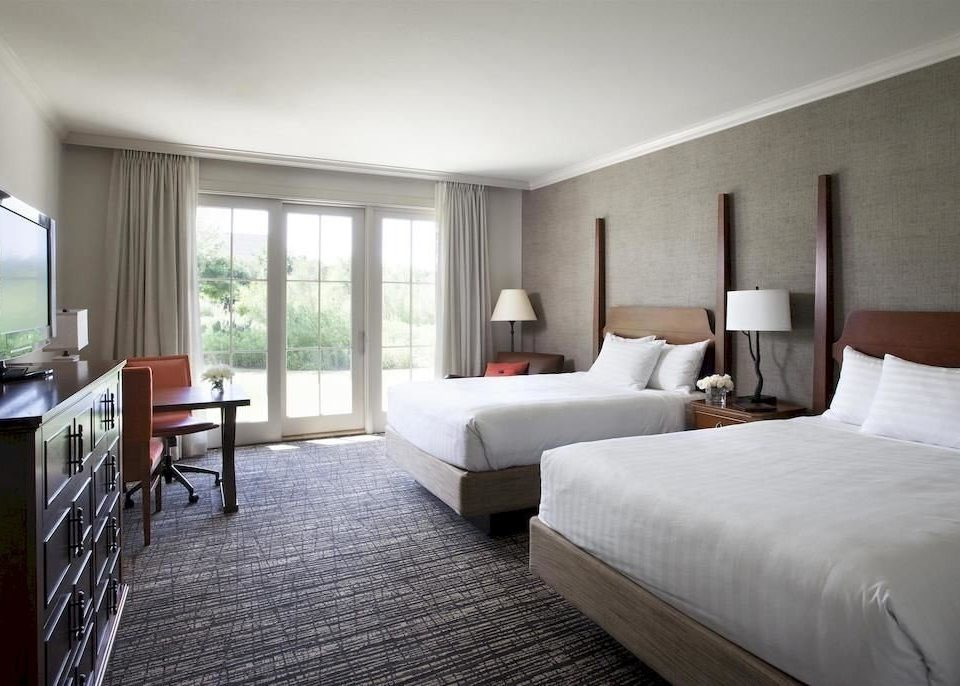 Bedroom Resort property Suite condominium cottage Villa flat