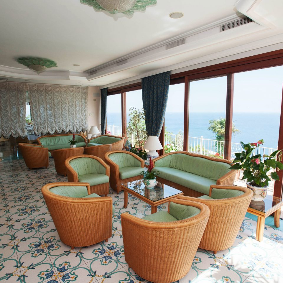 property Resort Villa swimming pool home cottage Suite living room condominium Bedroom