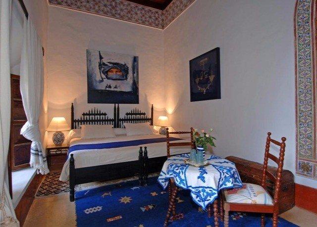 property Villa cottage living room Suite Resort home mansion Bedroom
