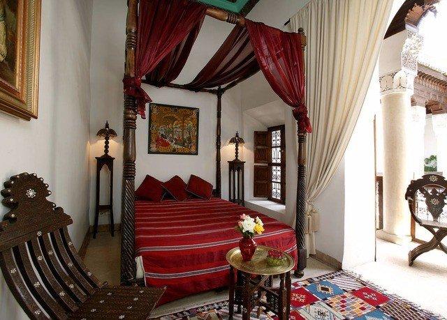 curtain property red living room cottage home Villa mansion Suite Bedroom Resort
