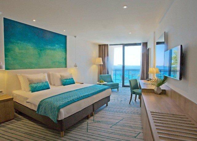 property condominium Suite Bedroom living room Villa Resort cottage