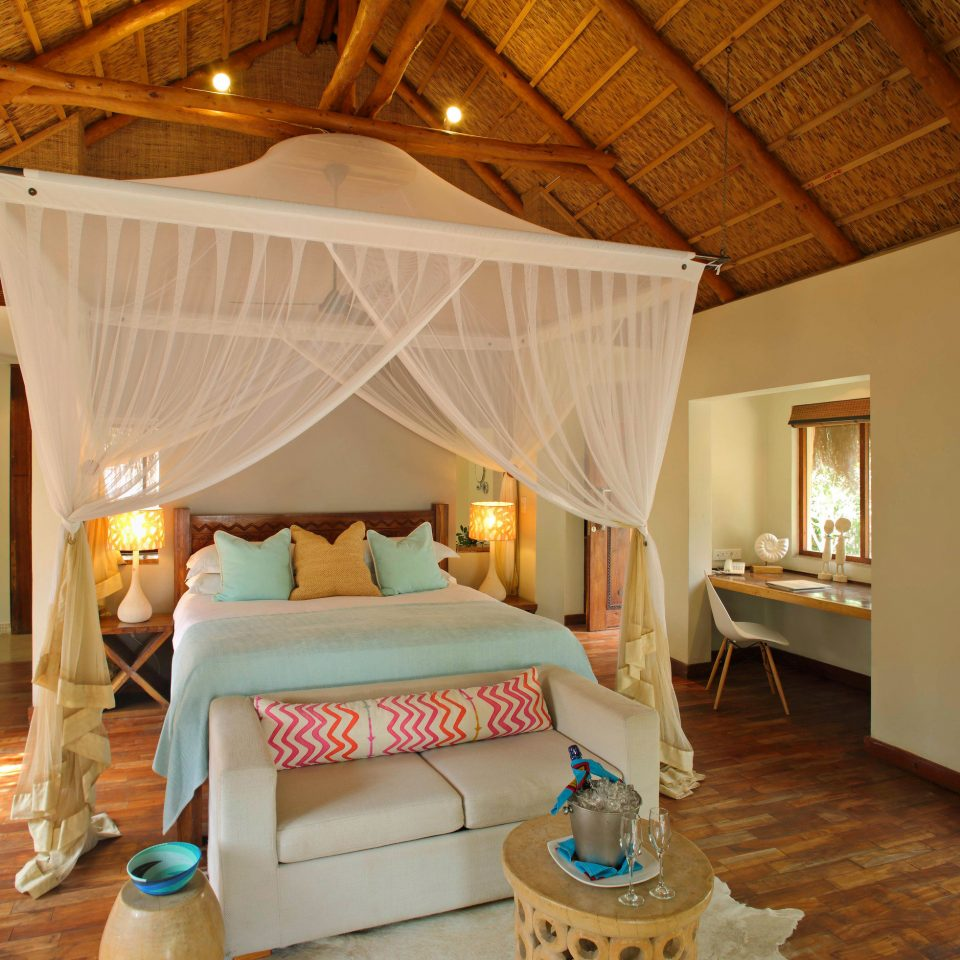 property Bedroom Resort cottage Villa Suite farmhouse