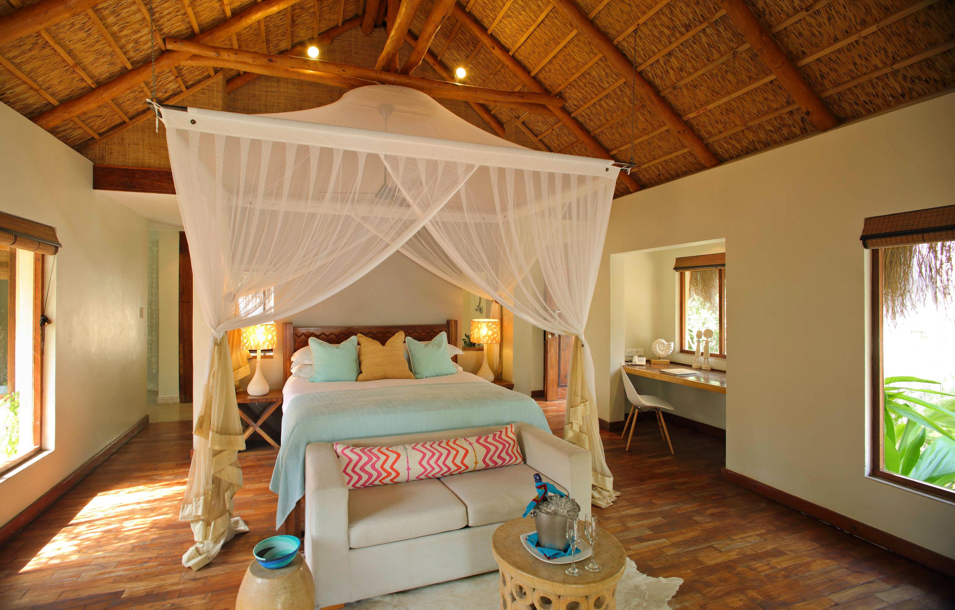 property Bedroom Resort cottage Villa Suite farmhouse