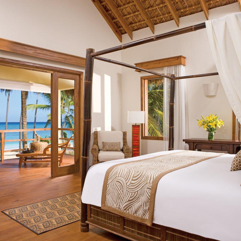 property Bedroom Suite Villa home Resort cottage condominium