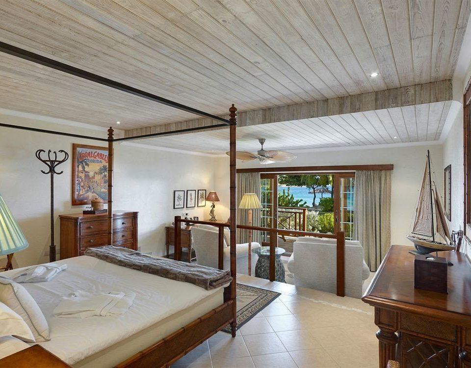 property house home Villa cottage living room farmhouse Resort loft condominium Bedroom