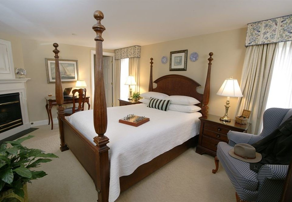 Bedroom Romantic property cottage home Villa Suite living room
