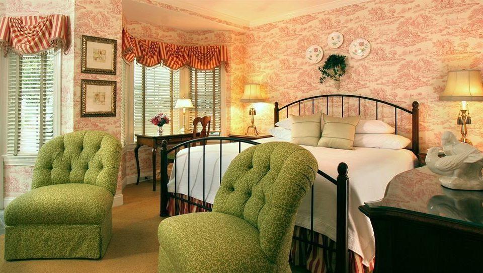 Bedroom Romantic living room property green home Suite mansion cottage Villa