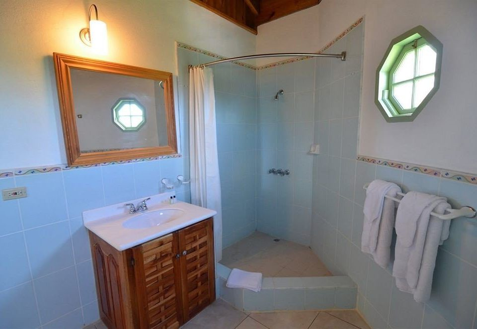 Bedroom Rustic Tropical bathroom property mirror house sink home cottage Suite tile tiled
