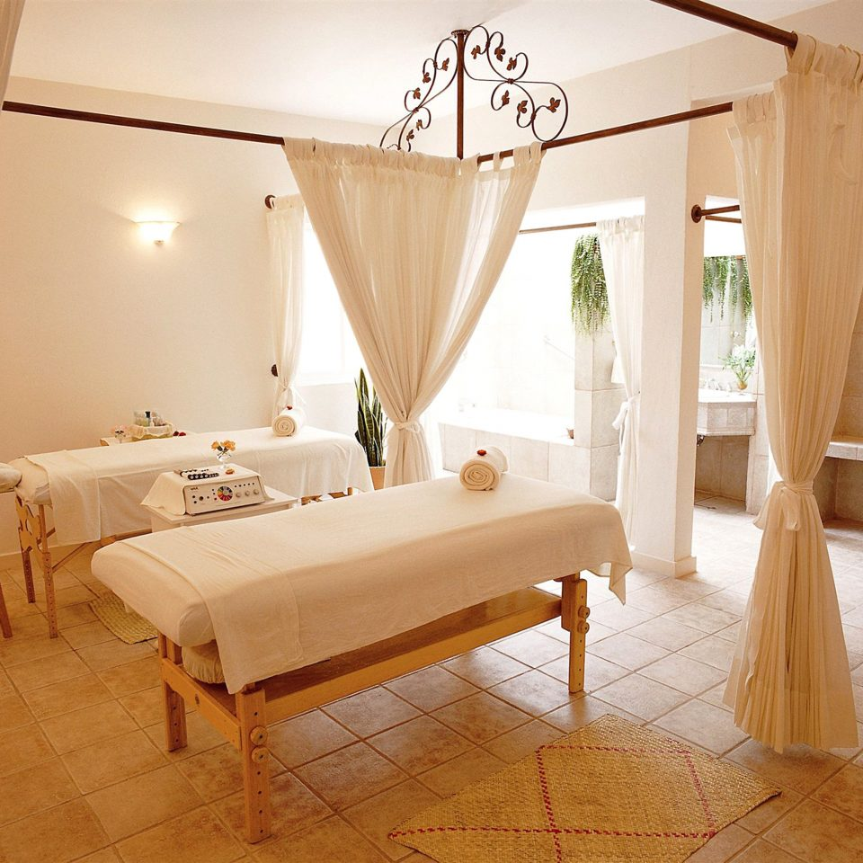 Spa Wellness property Suite cottage Villa Bedroom