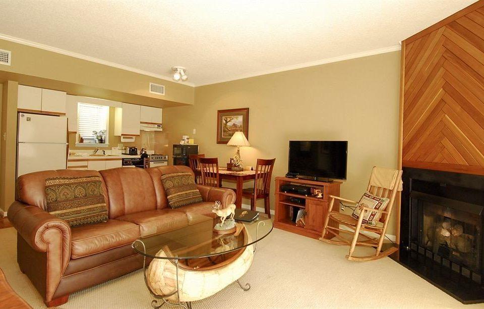 sofa property living room home hardwood Bedroom Suite cottage basement leather