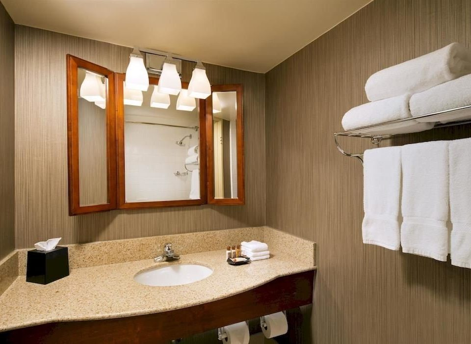 bathroom mirror sink property towel Suite home cottage vanity Bedroom