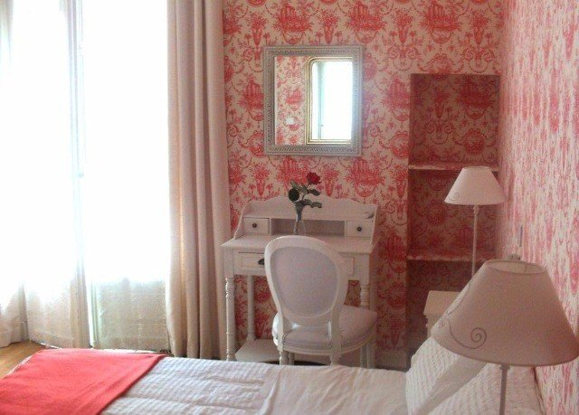 property pink cottage Suite bathroom Bedroom