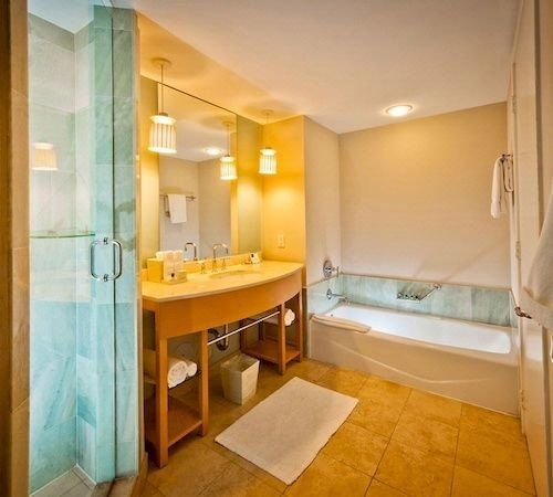 bathroom property sink Suite home cottage Bedroom