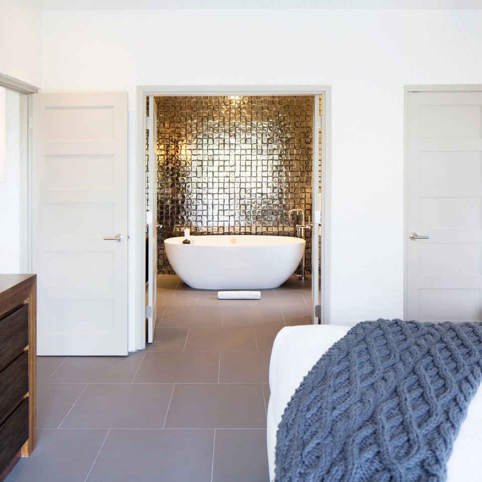 property home cottage Suite flooring bathroom Bedroom