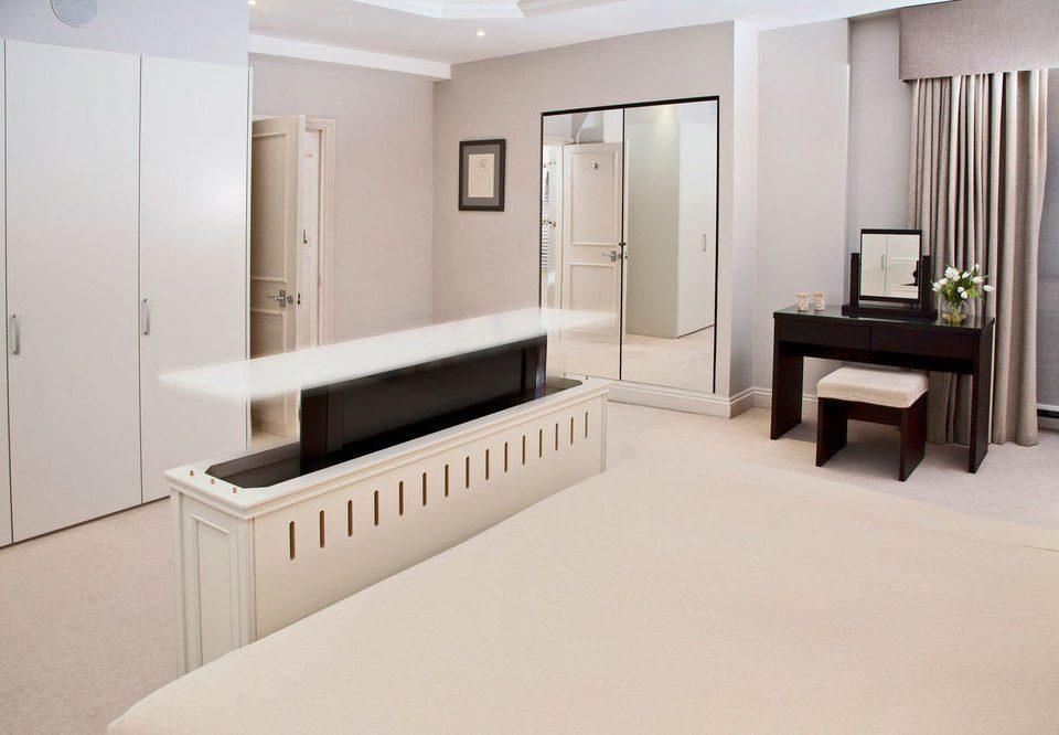 property house home Suite flooring bathroom Bedroom