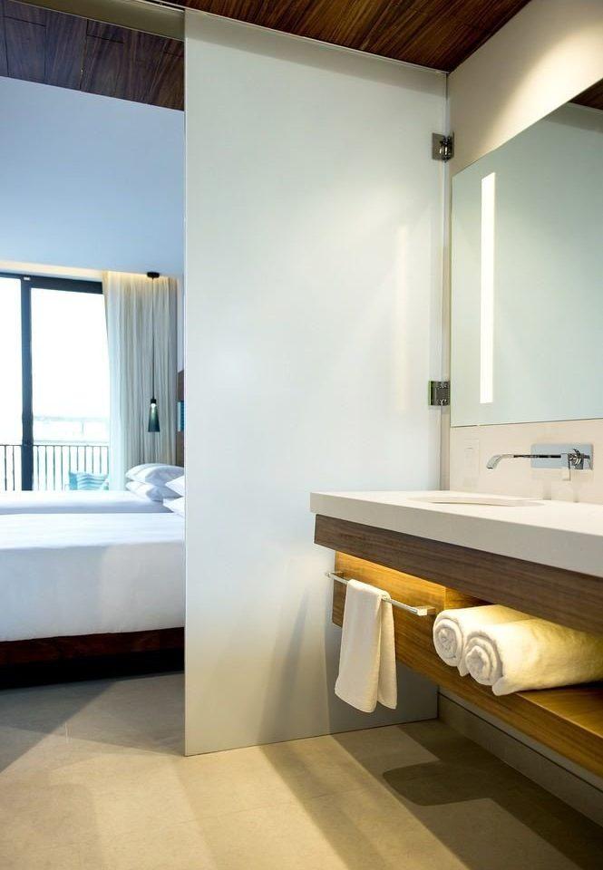 bathroom mirror property house sink home flooring Suite Bedroom