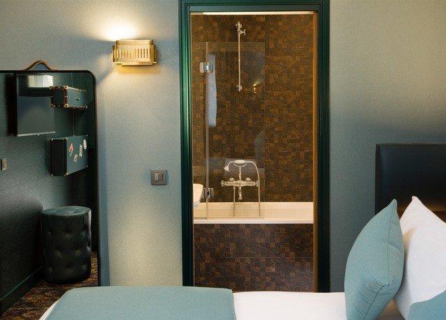 property bathroom home lighting Suite plumbing fixture Bedroom