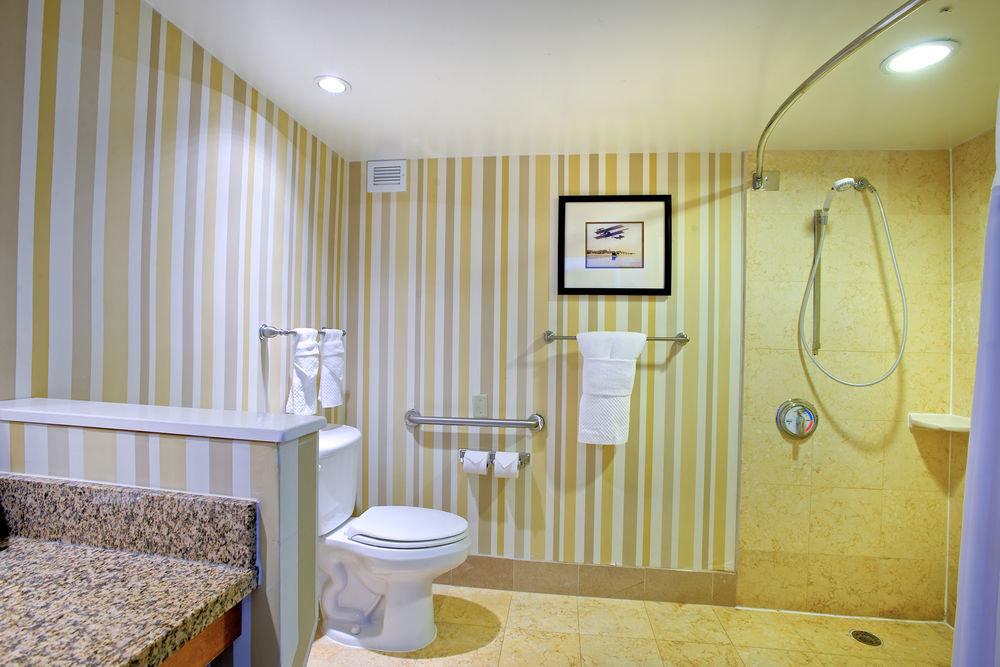 property bathroom Suite Bedroom