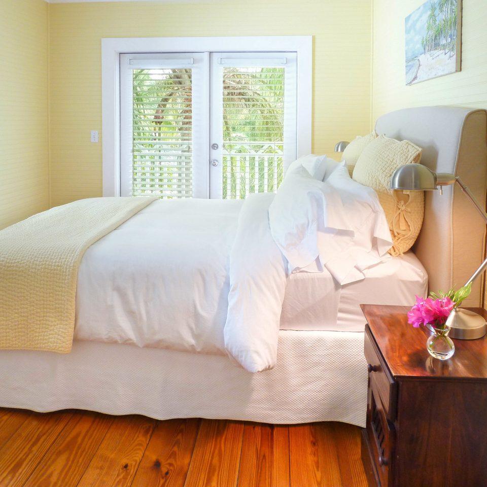 Bedroom wooden bed sheet hardwood home textile cottage Suite duvet cover bed frame living room