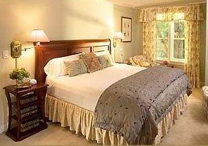 Bedroom property cottage hardwood Suite bed sheet bed frame