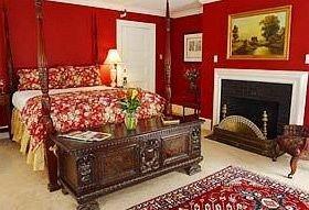 living room Bedroom red bed sheet cottage bed frame rug Suite