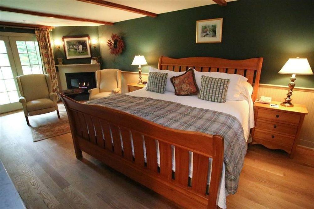 property Bedroom cottage hardwood home wooden Suite wood flooring bed frame bed sheet