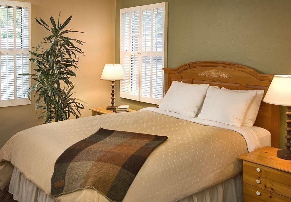 Bedroom property cottage Suite hardwood bed sheet bed frame lamp