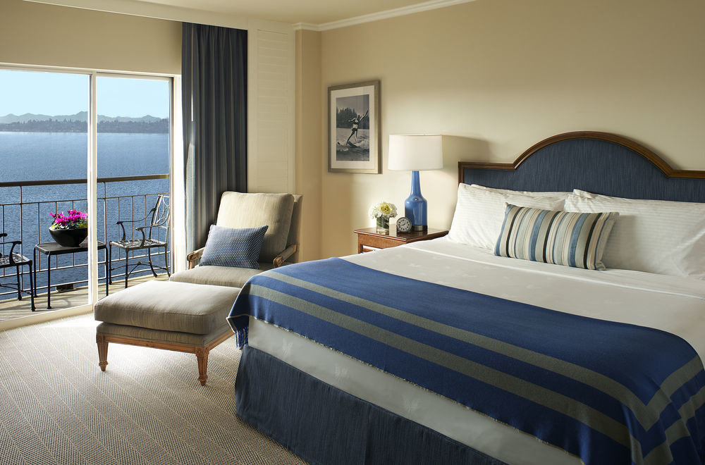 sofa Bedroom property Suite cottage home bed sheet bed frame