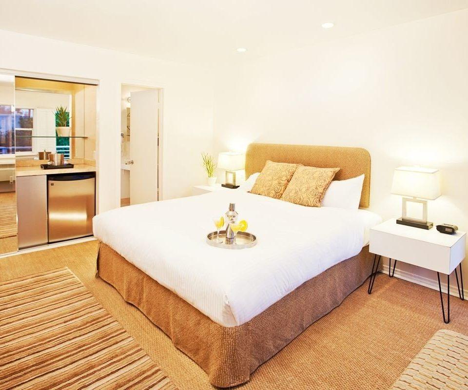 property Suite Bedroom hardwood cottage bed sheet bed frame