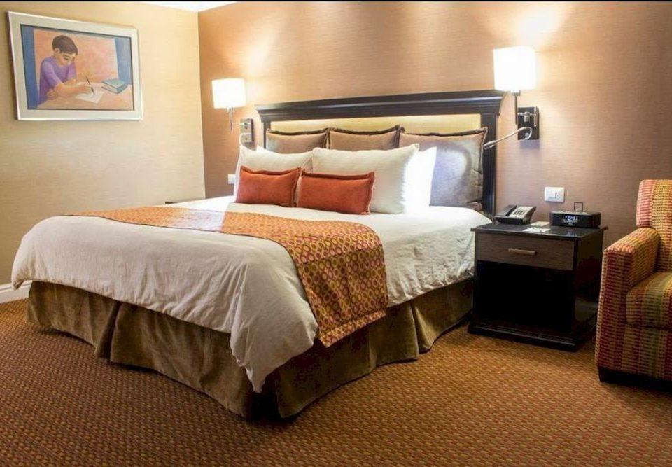 Bedroom property Suite hardwood cottage bed sheet bed frame