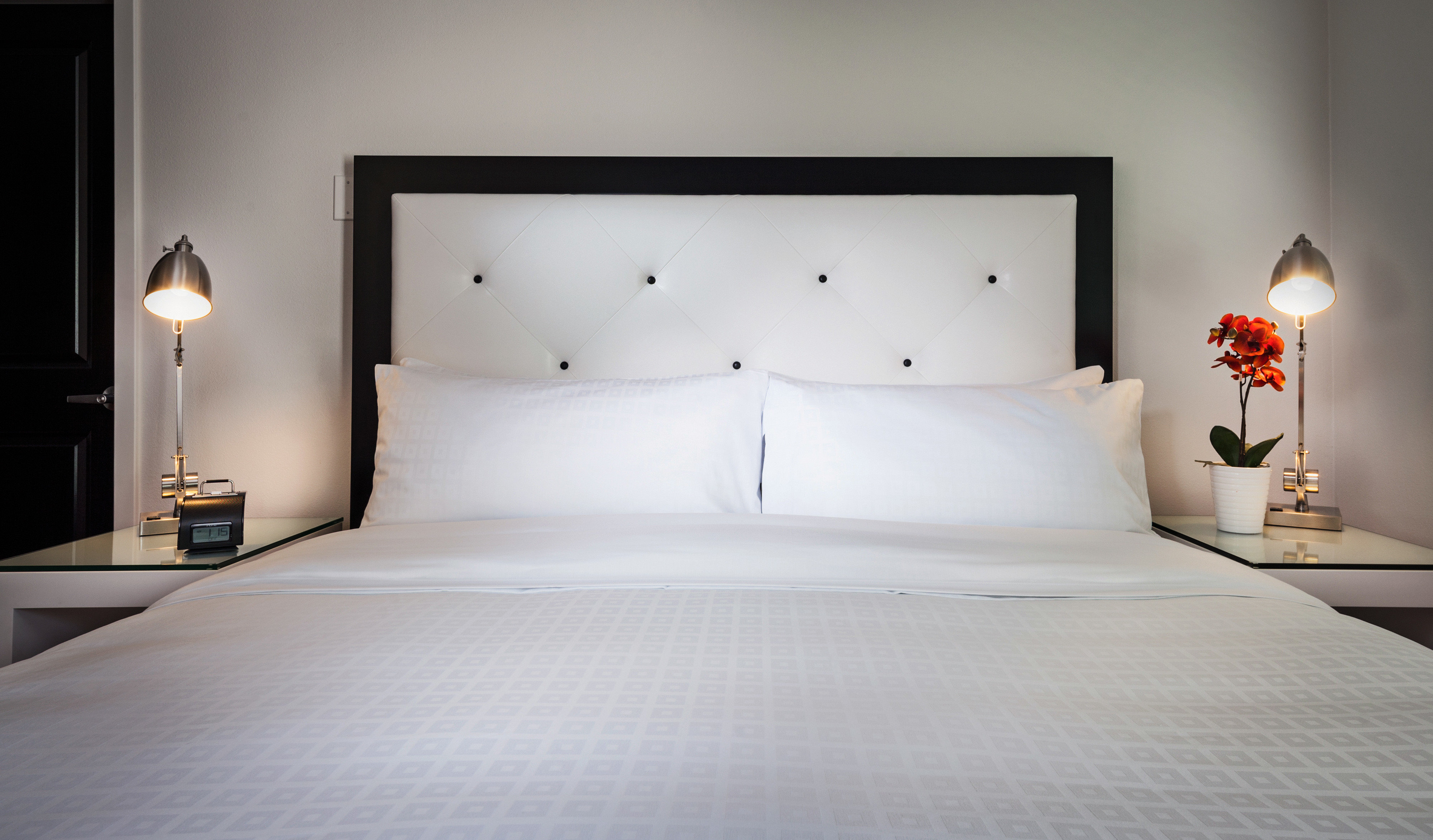 Bedroom white pillow Suite bed sheet bed frame lamp