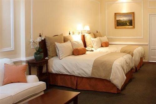 property Suite Bedroom cottage hardwood living room bed frame bed sheet