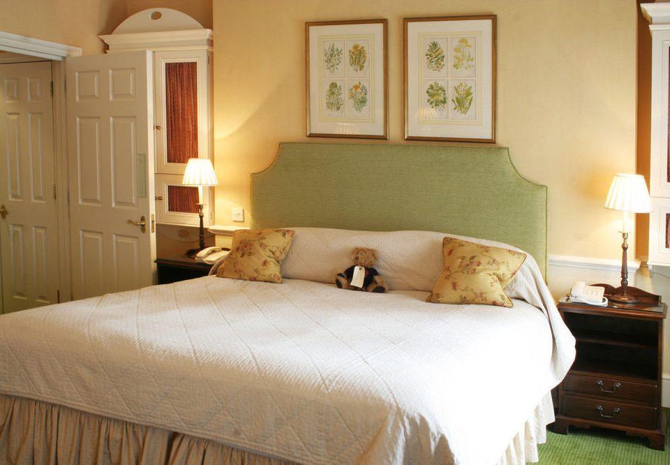 Bedroom property cottage Suite hardwood home bed frame bed sheet farmhouse