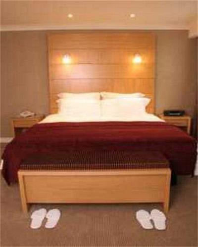 Bedroom Suite hardwood wooden bed frame bed sheet cottage