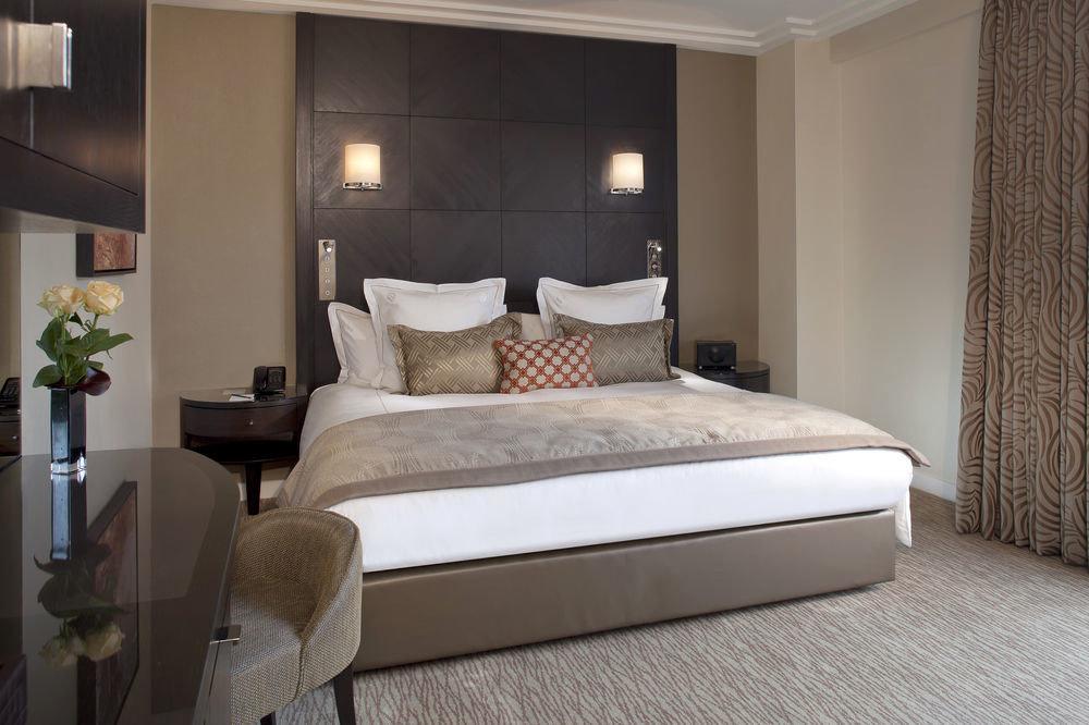 Bedroom property Suite bed frame living room bed sheet