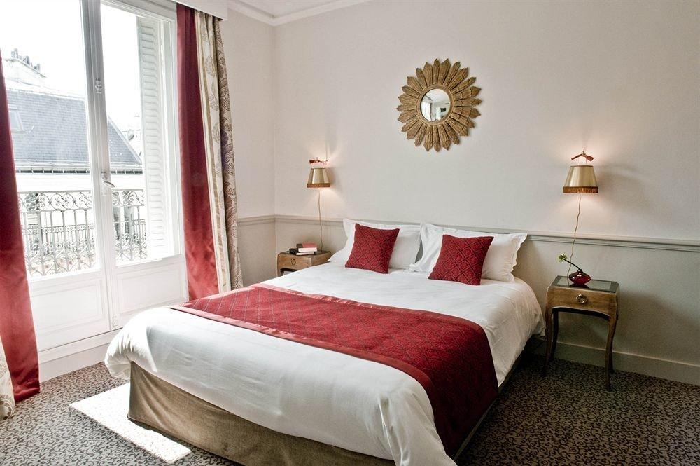 Bedroom property red Suite cottage bed sheet bed frame