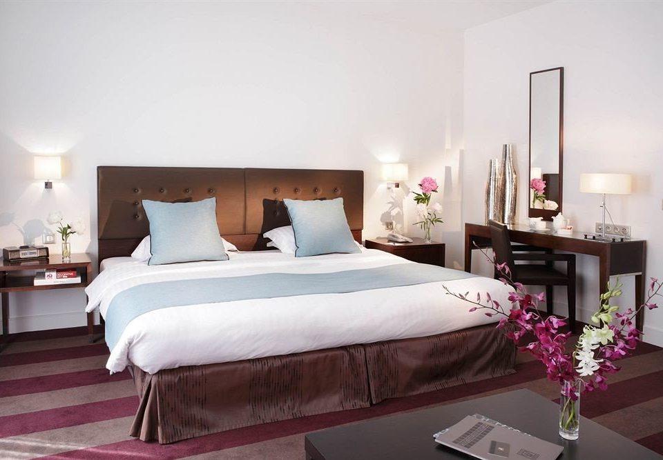 property Bedroom Suite bed sheet bed frame cottage