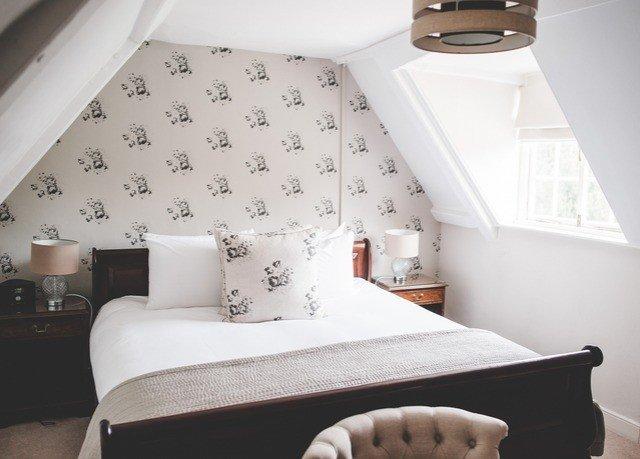 Bedroom property bed sheet bed frame Suite cottage