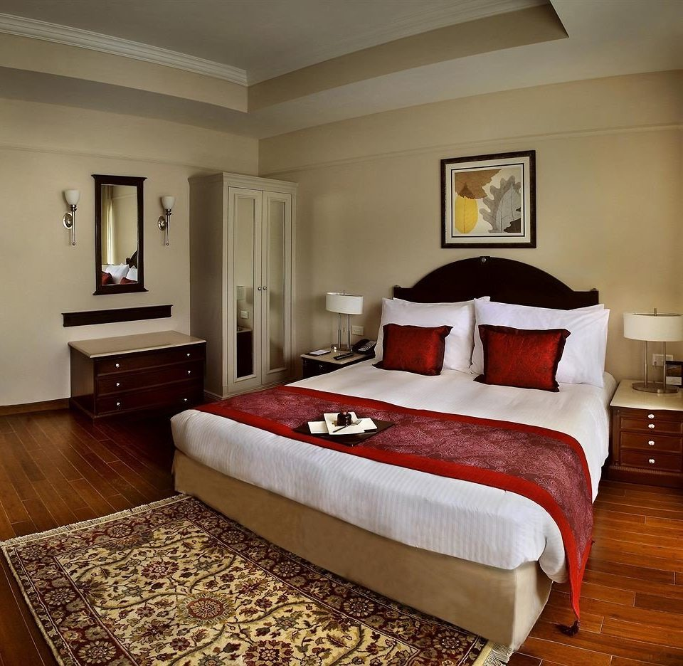 Bedroom property Suite hardwood bed sheet bed frame cottage