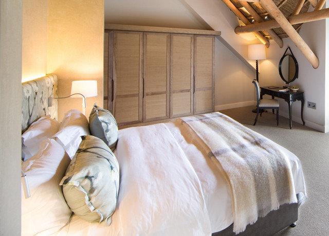 Bedroom property bed sheet Suite bed frame cottage